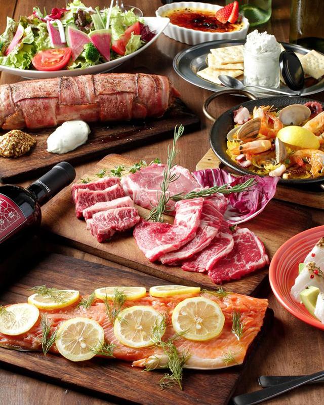 名物BBQ肉食べ放題5000円→2929円に!「食欲の秋!!肉を喰らい尽くすメガ肉祭!!」を開催