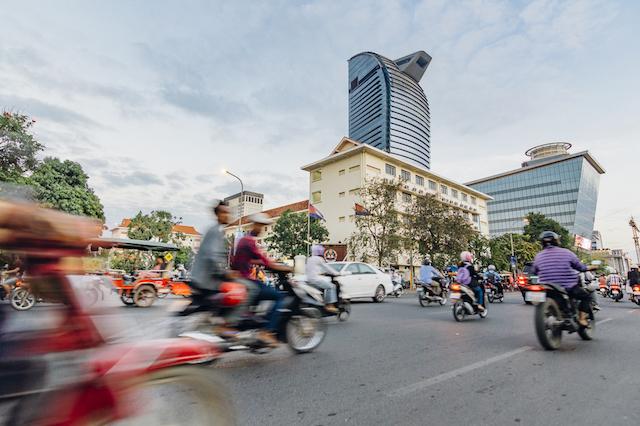 ありえない!日本人がカンボジア・シェムリアップで驚いたこと8選〜小学生がバイクを運転!?〜