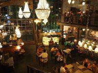 可愛すぎる!バリ島で絶対に行きたいアンティークレストラン「ザ・ビストロ」!