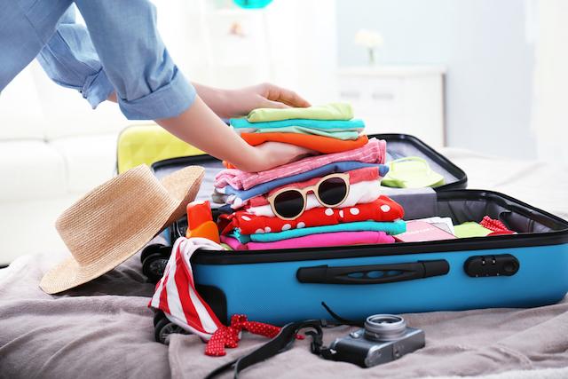 重いスーツケース、ヨーロッパ旅行中に発送するには?