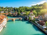 スイスの首都は「ベルン」!熊の町の見どころ7選