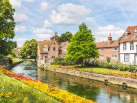 ロンドンから日帰り旅、重厚な歴史と癒しの風景に出会える5つの町を訪ねて