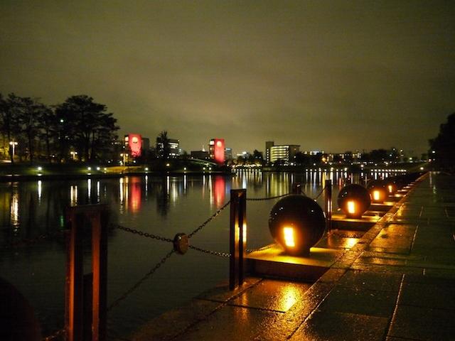 船も美術館も花火も「世界一美しいスタバ」も!富山NO.1の観光地・環水公園ガイド