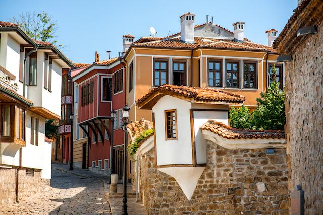 バラ香るエキゾチックな東欧の国、ブルガリアってどんな国?