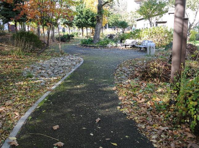 文庫片手に札幌で石川啄木の110年前の足跡をたどる