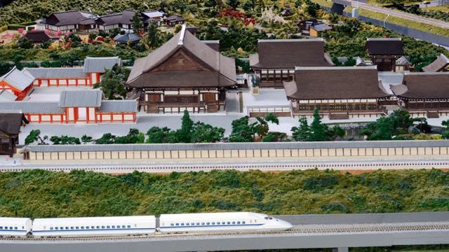 【京都】トロッコ列車で行く京都嵯峨野のローカルな旅