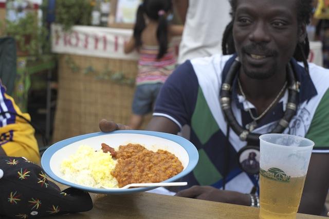 アフリカンミュージックと料理の美味しい関係!?