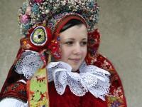 「ヨーロッパの民族衣装」美少女めぐり