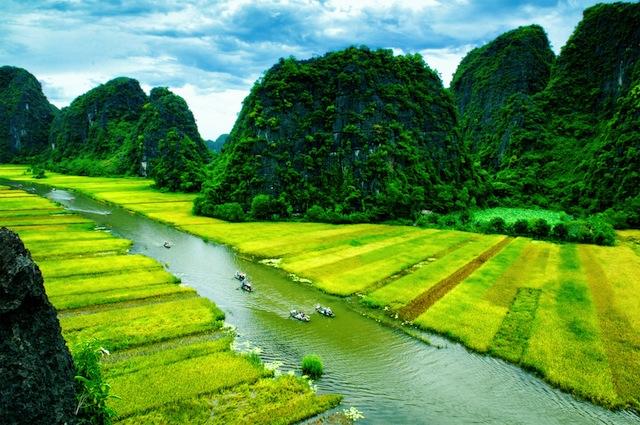 静けさ広がるベトナムの田舎「洞窟を抜けると桃源郷であった」