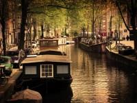 家がボート?!水上で暮らすオランダの人々