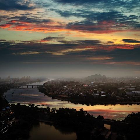 文人が愛した麗しき山水画の世界・・・桂林「漓江下り」