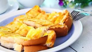 朝食ブームに続け! 誰でも簡単にできる、絶品バタートーストの作り方