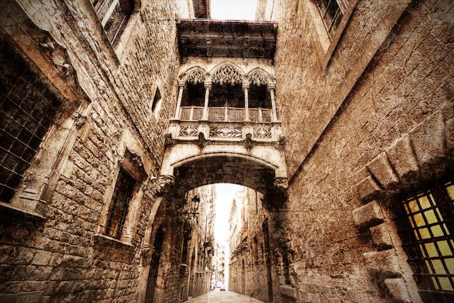 【現地レポート】中世の息吹を感じながら歩く、バルセロナ旧市街