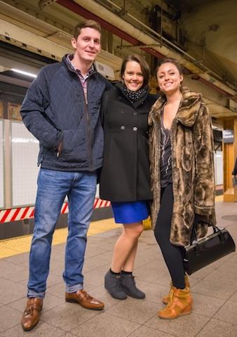 恋の始まりは地下鉄から。NYのユニークでロマンチックな恋人探しシステム