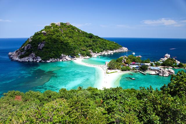 世界一の島はどこ?旅人たちを魅力する「世界の島」に迫る