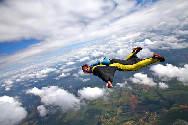 風にのって鳥になる!空飛ぶスポーツ5選