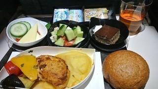 【機内食で世界巡り】アタトゥルク空港〜成田空港「トルコ航空」