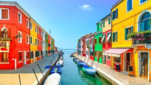 【イタリア】ベネチアのカラフルな姉妹島「ブラーノ」と「ムラーノ」