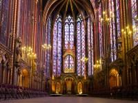 【パリ】光と色の芸術!美しすぎるステンドグラスの教会3選