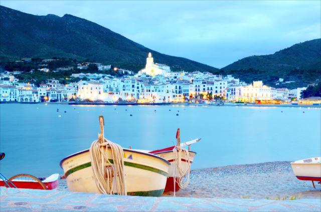 芸術家ダリが愛した地中海リゾート「カダケス」の楽しみ方