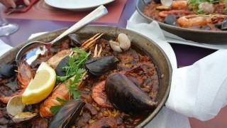 ヨーロッパ人に人気のビーチリゾート、スペインの「カダケス」を完全制覇する