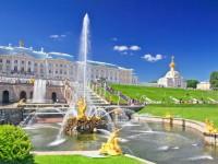 ロシアのペテルゴフの噴水が今年もシーズンスタート!