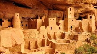 【世界遺産/アメリカ】岩の狭間に並ぶ古代石窟住居 メサ・ベルデとは?