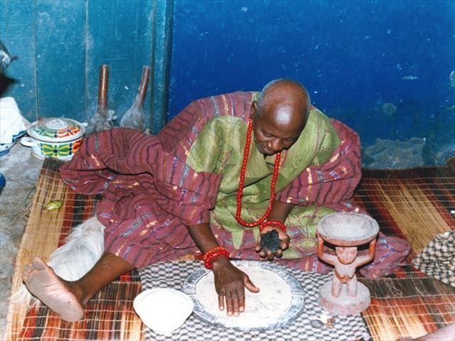 これも文化遺産!ナイジェリアの呪術占いとは?