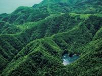 北海道で発見!自然が生み出した「美しいハート型の湖と島」