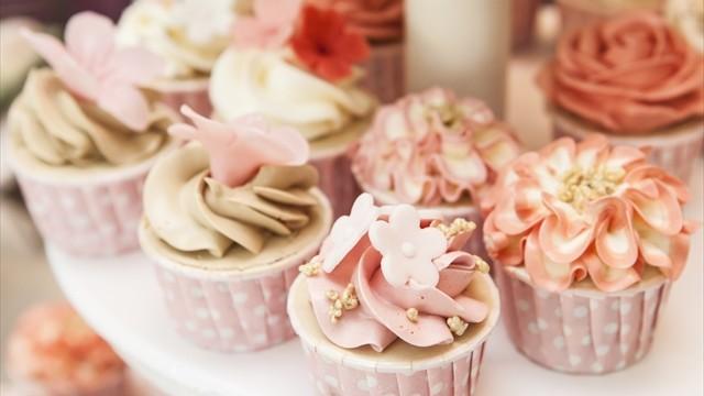 「結婚式を挙げるなら・・」海外発、DIYウェディングのケーキアイデア10
