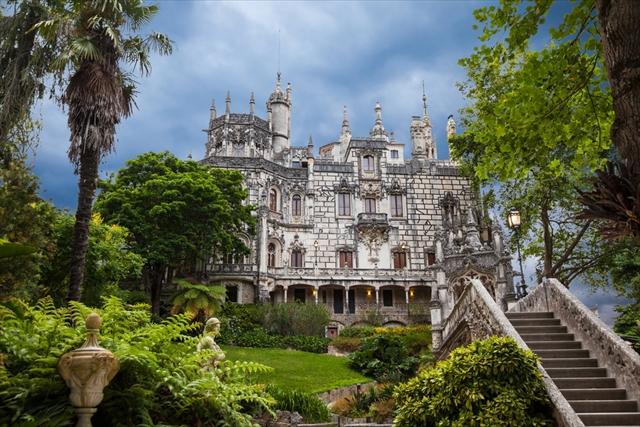 まるでファンタジーの世界! 冒険気分が味わえる魔城「キンタ・ダ・レガレイラ」