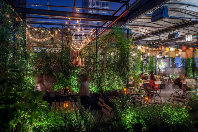 夏の夜更かしは贅沢に。お洒落すぎるニューヨークのルーフトップ・バー7選 Tabizine~人生に旅心を~