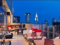 夏の夜更かしは贅沢に。お洒落すぎるニューヨークのルーフトップ・バー7選