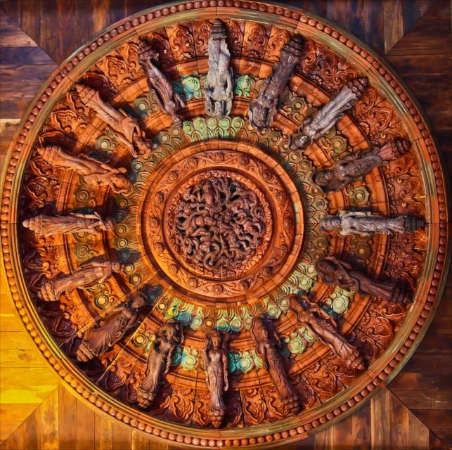 アジアのサグラダファミリア!釘を一切使わず建てられた「サンクチュアリ・オブ・トゥルース」