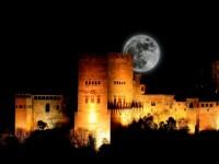 千夜一夜物語の世界へ迷い込む、スペインのアルハンブラ宮殿