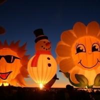 さすが世界一!700個の気球が空一面をカラフルに染め上げるバルーンフィエスタ
