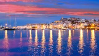 全身泡だらけ!?情熱の国スペイン「イビザ島」で一生の思い出作り