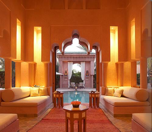 五感を癒す極上ホテル。世にも美しいアマンリゾーツへ