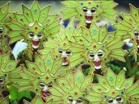笑顔が皆を元気にしてくれる。フィリピンの「微笑みの都市」で行われるド派手なフェスティバル