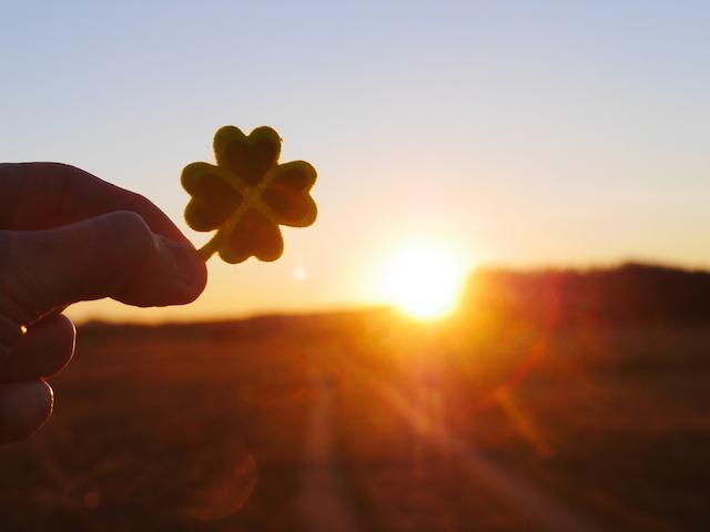 新しい一日を元気に過ごすために思い出したい、7つのポジティブ思考