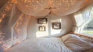 こんな部屋で眠りたい。海外サイト発 夢のベッドルーム5選