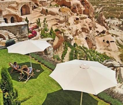 【カッパドキア】中世と現代が融合?!遺跡を改装したゴージャスな洞窟ホテル