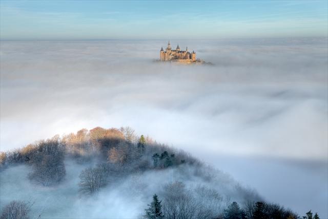 これぞ天空の城!雲海に浮かぶホーエンツォレルン城