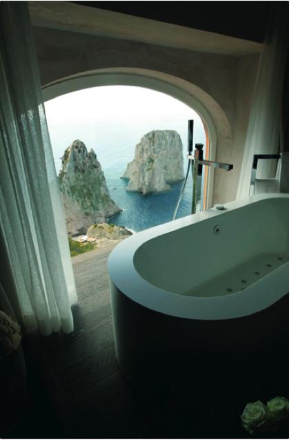 バスルームから絶景を眺められる世界のホテル