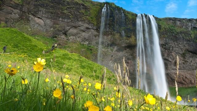 滝の裏側に広がる世界へ。美しき裏見の滝「セリャラントスフォス」の絶景