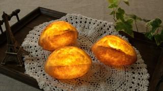 アウトドアにも連れていきたい!本物のパンで作ったほっこりランプ
