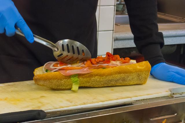 フィラデルフィア公式サンドイッチ フィリー・チーズステーキ VS ホーギー
