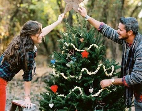 大切なあの人と作りたい。海外のオシャレな「お家クリスマスツリー」7選