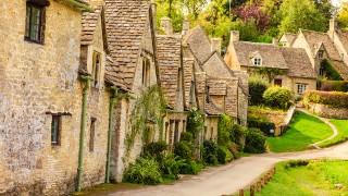 こんなところに暮らしてみたいな。絵本の世界のような街「バイブリー」