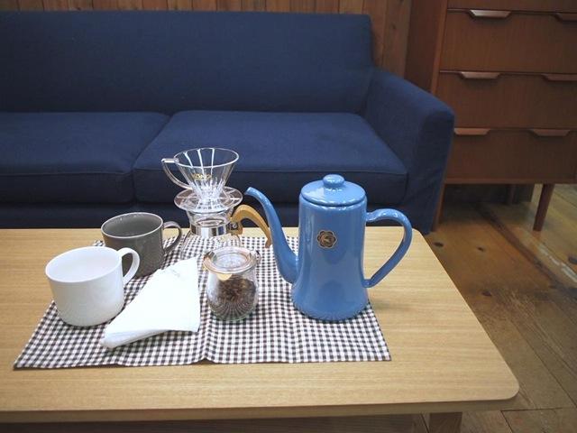 好みのソファに座れる、落ち着くインテリアカフェ